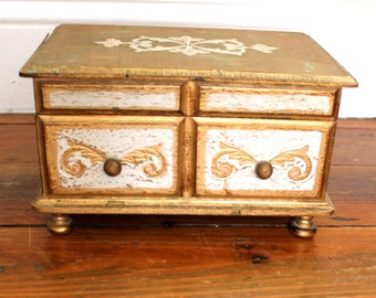 Cutie.. Vintage Florentine Music Jewelry Box, Jewelry Organization