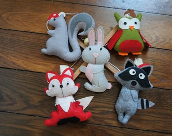 Mobile animals forest owls, rabbit, squirrel, raccoon and Fox felt for baby