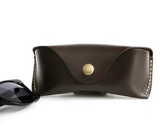 Glasses case leather glasses Sunglasses case Veg tan Leather w BELT LOOP Handcrafted by Celyfos® sunglasses case eyeglass case