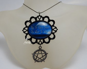 "Wiccan quote necklace with pentagram ""An Ye Harm None Do What Ye Will"" black gothic style"