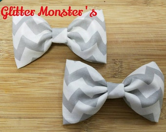 Boys Gray Chevron Bow Tie in Cotton, Ring Bearer Bow Tie, Groomsmen Bow Tie, Wedding Bow Tie, Easter Bow Tie, Clip On Bow Tie