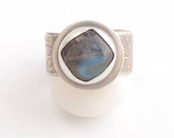Silver and Labradorite Petal Bezel Ring