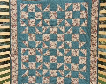 Shoo-Fly Lap Quilt