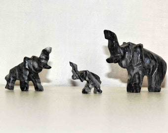 Elephant Family Vintage Miniatures Carved  In Onyx