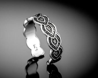Sterling silver toe ring. boho jewelry. boho rings. silver toe ring. adjustable toe ring. toe rings. sterling toe ring. tribal jewelry.