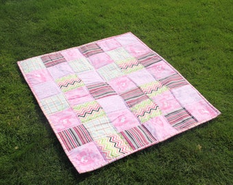 baby girl quilt ,READY TO SHIP Modern baby quilt ,toddler quilt ,mat for baby ,car seat blanket ,crib blanket, modern quilt ,34 x 41 inch