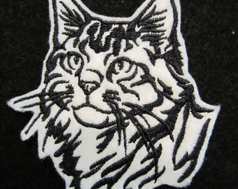 Embroidered Maine Coon Cat Iron On Patch, Cat Patch, Cat Applique, Maine Coon Cat, Iron On Patch, Iron On Cat Patch, Cats