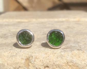 Raw Stone Studs, Raw Chrome Diopside Silver Stud Earrings, Raw Gemstone Earrings, Raw Stone Studs, Chrome Diopside Silver Earrings