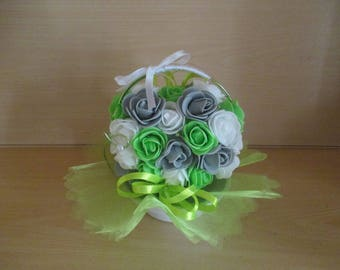 Gray, green and white wedding centrepiece