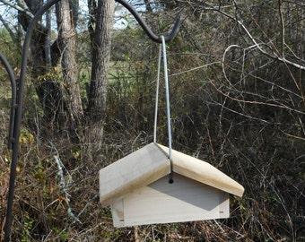 Suet Bird Feeder,Cedar Bottom Feeder,Cable Hanging Suet Feeder