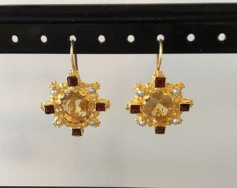 Beautifully detailed citrine earring
