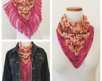 Crochet Pattern:  Pluma Bandana Cowl