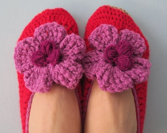 Slippers red pumps with pink flowers