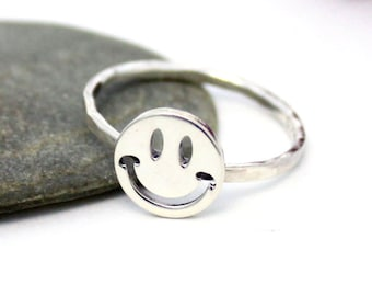 Happy Face Ring, Statement Ring, Cute Silver Ring, Silver Stacking Ring, Silver Stacking Ring, Stackable Ring, Hammered Ring
