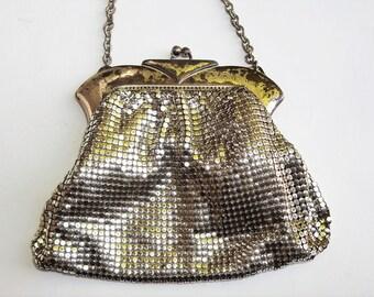 Whiting & Davis Silver Mesh Purse Duramesh Bag Vintage 40s Chain Handle Art Deco Style Metal Frame Kiss Clasp