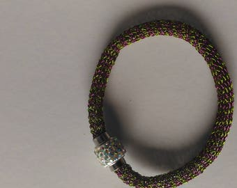 Handmade crochet in two colors dark pink and chartreuse copper wire bracelet