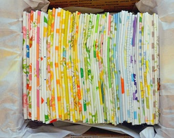 Vintage Sheet Fat Quarters. You Pick How Many. Vintage Fabric Bundle. No Repeats. Ready to Ship. Floral. Antique.