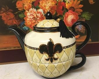 Vintage Mud Pie Fleur De Lis Teapot & Teacup For One