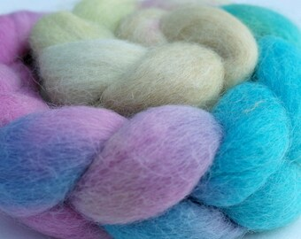 """Alpaca-Angora Top / Roving -  2 oz braid handpainted colorway """"His High & Mighty Prince Tiddly-Push"""" Gradient"""