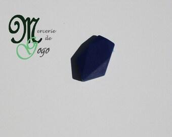 Flat dark blue arrow shaped silicone bead.