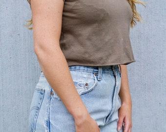 Vintage Brown Crop Top / Worn Distressed Cropped T-shirt Tee