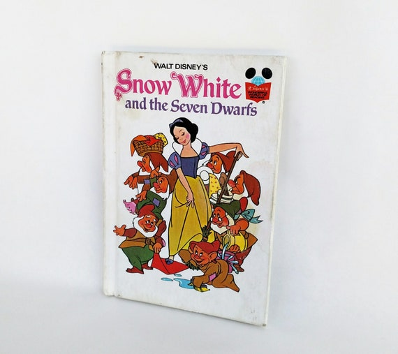 Vintage 1973 Walt Disney's Snow White and The Seven Dwarfs Illustrated Children's Book