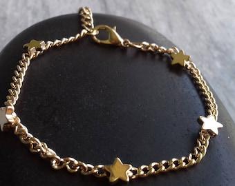 Gold Star Bracelet   tiny star bracelet   tiny star bracelet  star jewelry   delicate bracelet   gold bracelet   dainty bracelet