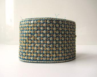 Blue sequenced gold trim ribbon India ribbon nr. 42