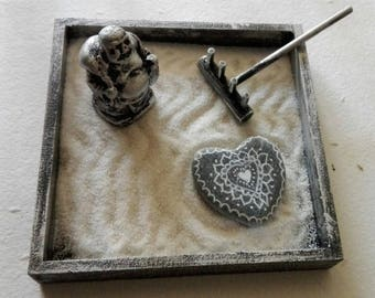KARESANSUI, mini ZEN GARDEN with Buddha and stone decorated with mandala heart shaped