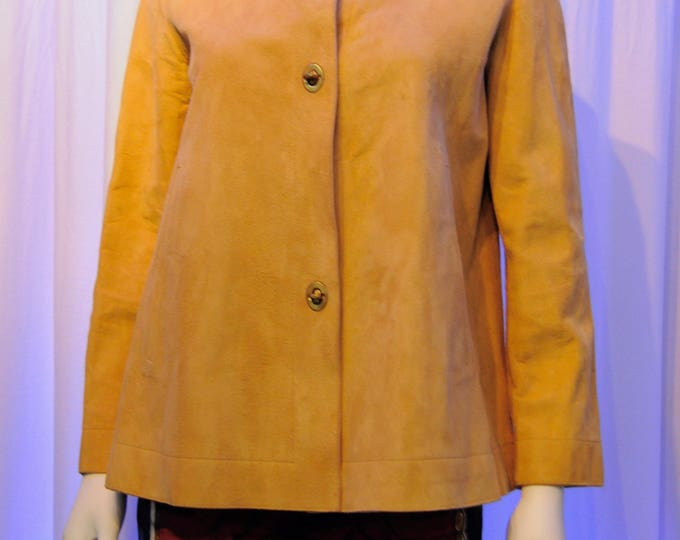 Featured listing image: 1960s BONNIE CHASIN Sills Camel Color Suede Swing Turn Key Jacket