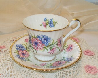 Paragon Tea Cup Pink and Blue Flowers Fine Bone China England Tea Set