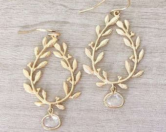 LAUREL | Laurel Wreath Earrings | Gold Leaf Earrings | Gold Leaf Teardrop Earrings | Bridesmaid Earrings | Dangle Earrings | Bridal Earrings