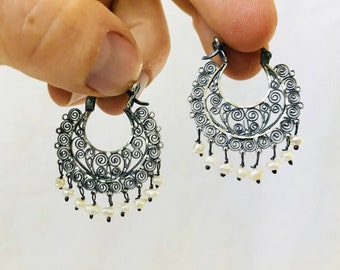 Vintage Oaxacan Sterling Silver Filigree Earrings with Pearls Mexico. Frida Kahlo
