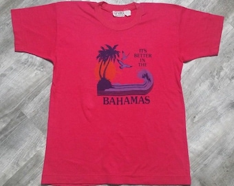 Vintage 70s 80s Its Better in the Bahamas Double Bull T-shirt tagged XL fits like a Medium