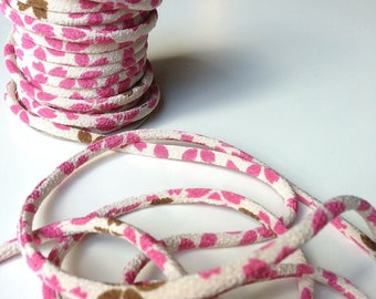 cords, 3mm, Chirimen Japanese cherry blossoms, pink and beige (C3024-3)