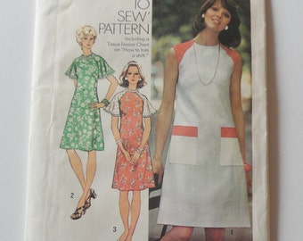 Vintage 1974 SIMPLICITY Dress Pattern 6215 - Adult Woman Teen Miss Girl 2 figure types, 10 sizes, Sewing Pattern, Fabric Craft Supply, UNCUT