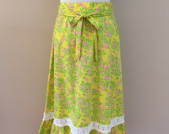 Late 1960's-Early 1970's Vintage Lilly Pulitzer Lemon Yellow Floral Skirt/Tie Belt