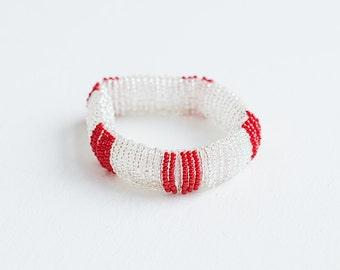 bracelet perles de verre /blanc et rouge/ fait main/ reversible