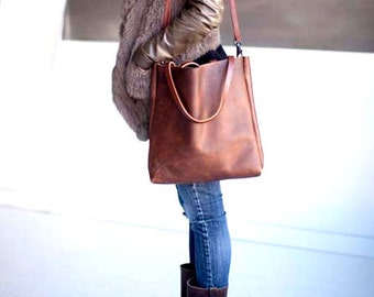 Brown Leather Tote Bag. brown leather bag. large brown tote. Market bag. shopper. laptop bag. distressed leather bag.