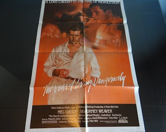 "Original One Sheet Movie Poster 1982 ""The Year of Living Dangerously"" - Mel Gibson,  Sigourney Weaver,  Linda Hunt"