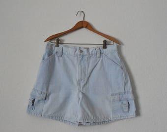 FREE usa SHIPPING 1990s vintage women's Gloria Vanderbilt denim shorts/ cotton shorts/ retro/ hipster/ made in Brazil/ size 12