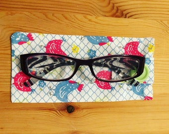 Chicken print glasses case - 0001