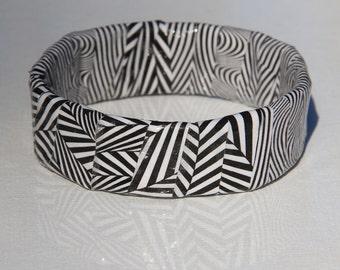 Ziggy Zaggy Upcycled Magazine Bangle Bracelet