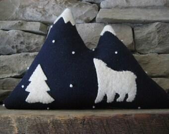 Wool Mountain Pillow with Polar Bear
