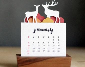 2018 Minimalist Paper Cut Desk Calendar with Solid Wood Stand \ Deer