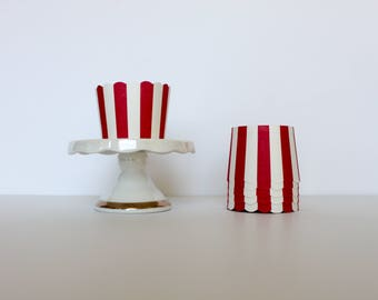 Red and White Stripe Treat Cups / Red and White Treat Cups / Treat Cups / Baking Cups / Red and White / Striped Treat Cups