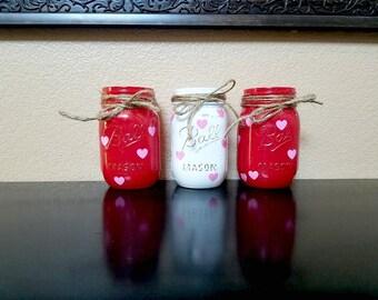 Valentine's Day Mason Jars - Mason Jars - Valentine's Day Decor - Valentine's Day Gift - Valentine's Day Vase - Table Centerpiece