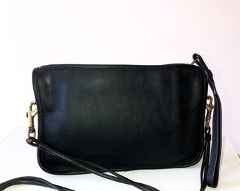 Coach Vintage Handbag 1970's Crossbody Bag Clutch Wristlet  Black Leather Bonnie Cashin New York City