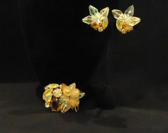 Brooch Clip On Earrings Gold Metal Brown Light Yellow Pastel Green Glass Resin Beads Gems Crystals Vintage 1960s Costume Jewelry Accessories