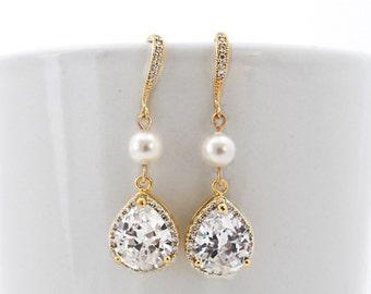 Gold Wedding Earrings, Bridal Earrings Gold, Pearl Earrings for Wedding, Teardrop Earring, Cubic Zirconia Earring, Statement Wedding Earring